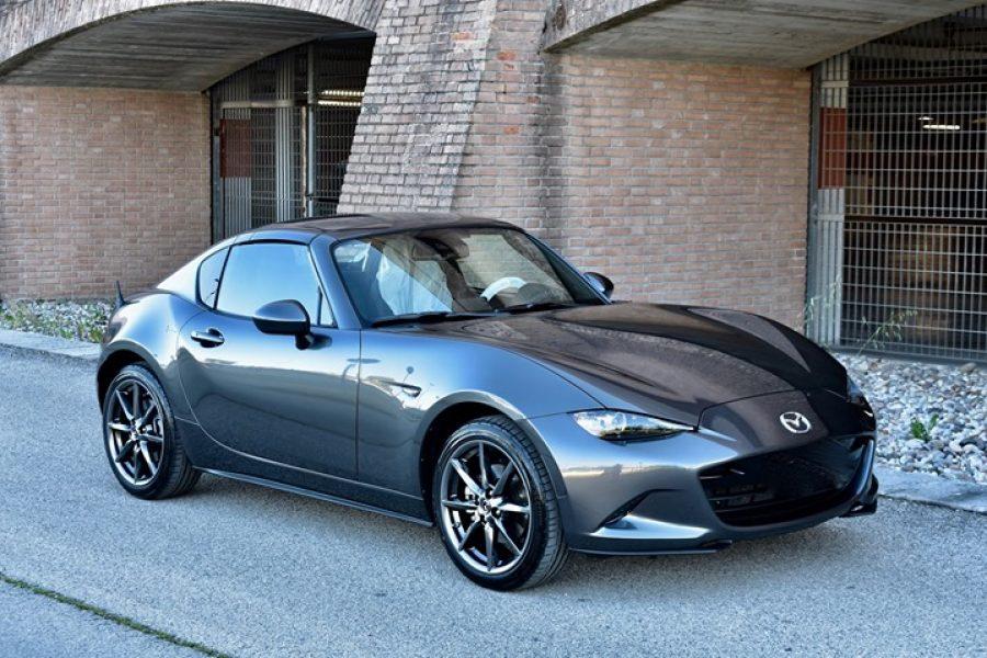 Vi presentiamo l'ultimissima  #Mazda  #Mx5 dove un full  #Detailing ha fatto da …