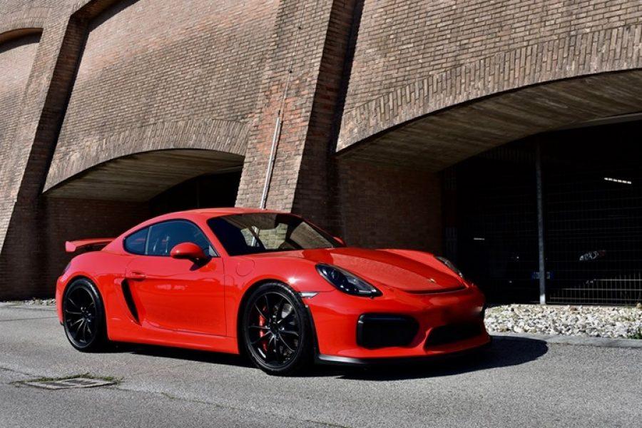 Una  #Porsche molto apprezzata, sopratutto per la sua guidabilità grazie al suo …