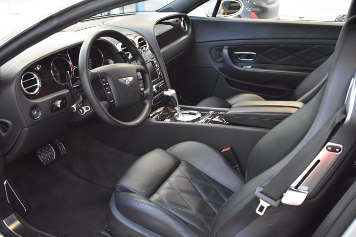 Una bellissima  #Bentley  #ContinentalGT curata nei dettagli interni..   #lovemy…