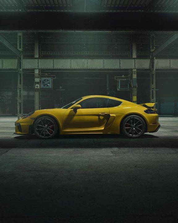 Presentata la nuova  #Porsche  #gt4.. cosa ne pensate? A noi piace tantissimo!!