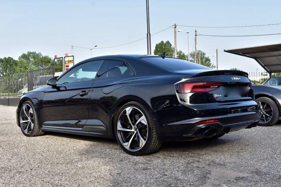 L'ultimissima  #Audi  #Rs5 in un impresa nella rimozione di difetti abbastanza g…