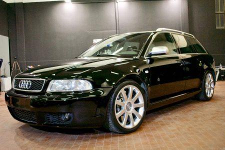Un sogno..si tratta di uno degli esemplari di #Audi #RS4 #B5 ancora in circolazi…